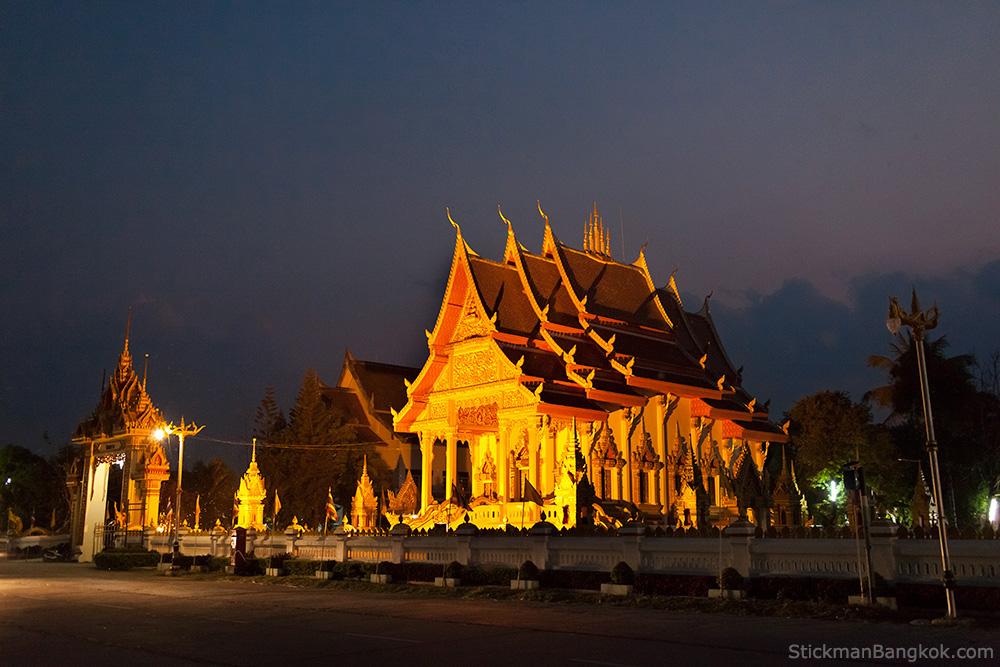 Mekong-River-Temple.jpg