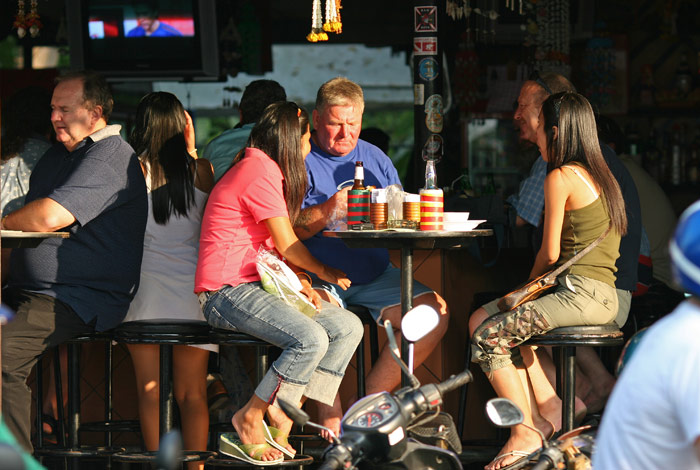 A beer bar on Beach Road, Pattaya - where else could it possibly be?