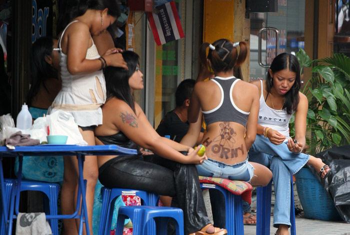 Stickmanbangkok Com Interesting Temporary Tattoo On That Girls