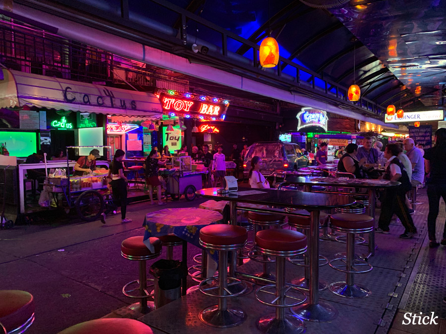 soi-cowboy-by-iphone-3