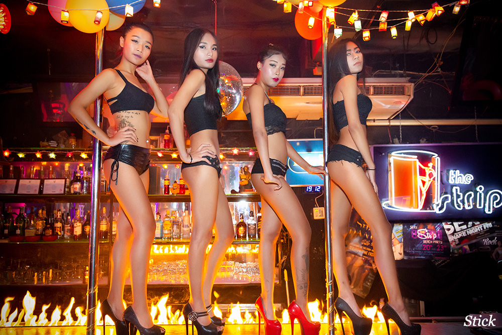 the-strip-bar-patpong-bangkok42