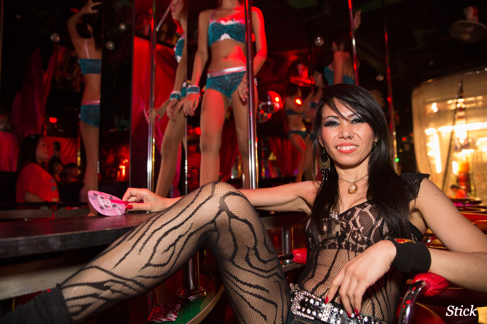 the-strip-bar-patpong-bangkok44