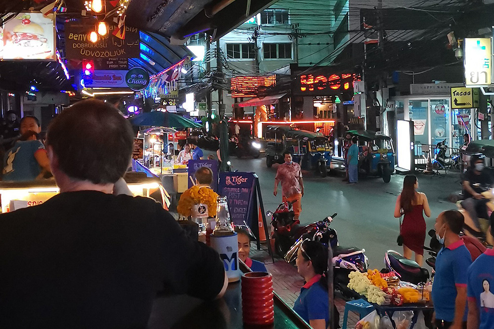 morning-night-bangkok-covid-19