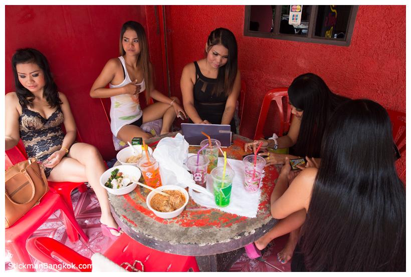pussy-free-fisting-bangkok-eden-club