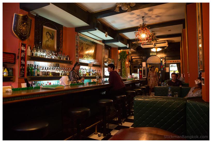 Madrid-Bar-Patpong-Bangkok.jpg