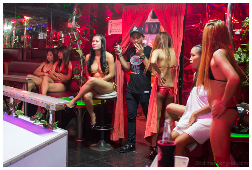 стоимость услуги в кафе проститутки барах