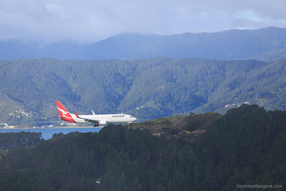 QANTAS flight, Wellington